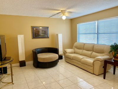 Photo for Beautiful Unit In The Heart Of Olde Naples!