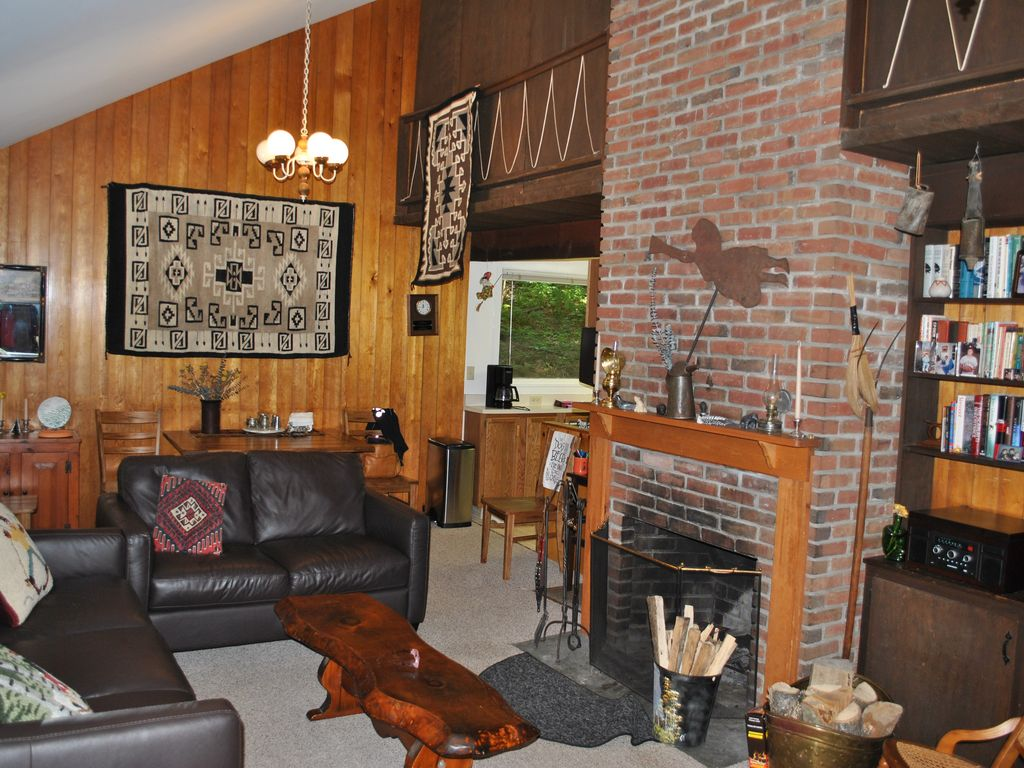 Mountain Hideaway At Sugarbush Vrbo