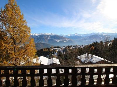Photo for Big chalet near the center(10 pers), with garage. Well situated, no noise, large balcony with a beau