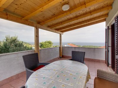 Photo for Vanda Magda apartment in Mali Losinj with WiFi, air conditioning, private terrace & shared garden.