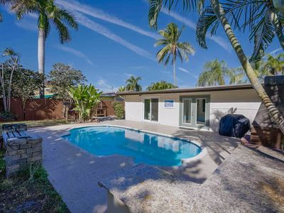Photo for Stunning 4 Bdrm Private Pool Home - Palm Beach