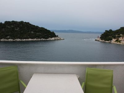 Photo for One bedroom apartment near beach Zaklopatica, Lastovo (A-994-c)