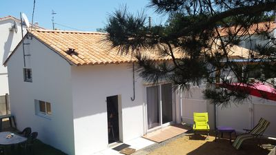 Photo for Quiet house 200 meters from the sea with bikes and wifi