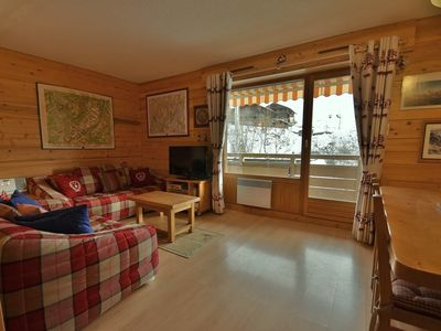 Photo for Lovely 2 bed apt for 4 opposite the slopes in Le Chinaillon with wifi!