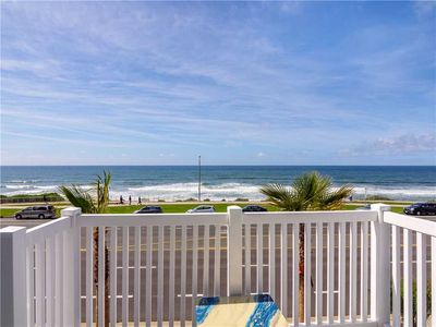YOU'LL WANT TO UNWIND HERE, PERFECT OCEANFRONT TOWNHOUSE