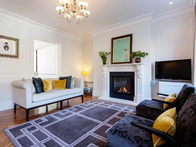 Photo for Smart 2 bedroom flat in the heart of Islington. Moments from the tube (Veeve)