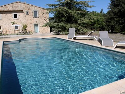 Photo for Holiday home with pool in the famous ocher-rock village of Roussillon, Luberon Natural Park