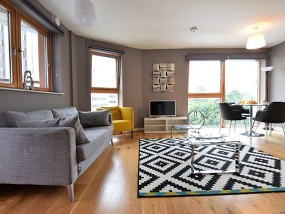 Photo for 2BR Apartment Vacation Rental in Bristol, England