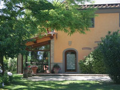 Photo for Tuscan farmhouse with park and swimming pool - stable