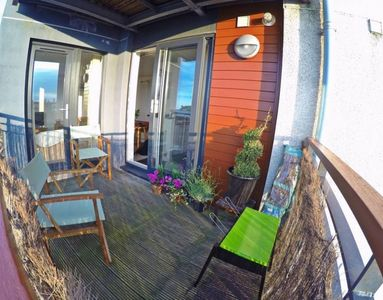 Photo for 2 Bedroon Apartment With Balcony And Seaviews