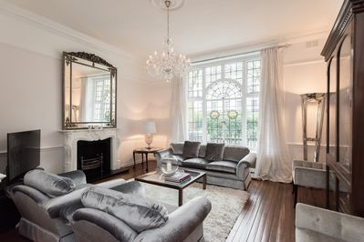 Luxury Flat: 3 min to Heathrow Express & Hyde Park