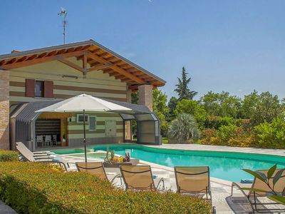 Photo for Vacation home Luxury Welness Villa Revere in Borgo Mantovano - 12 persons, 6 bedrooms