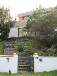 Photo for House in a green setting, with splendid view of the lake and 80m from its beaches!