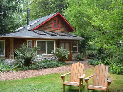 Photo for Cute, private cabin in walking distance to Langley!