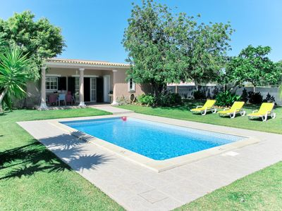Photo for This 2-bedroom villa for up to 4 guests is located in Estoi and has a private swimming pool and Wi-F