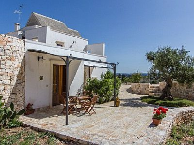 Photo for One bedroom Villa, sleeps 3 with FREE WiFi and Walk to Beach & Shops