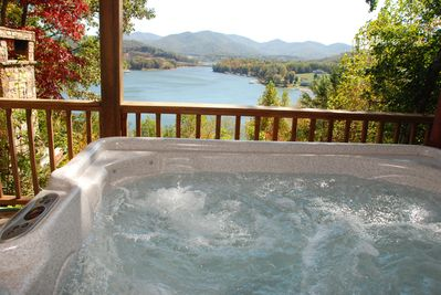 Enjoy a nice relaxing soak in this hot tub with this kind of view. What more could you want?