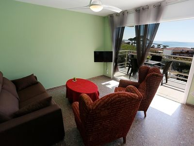 "Photo for Apartment a short walk away (106 m) from the ""Playa la Llosa"" in Cambrils with Washing machine, Garden, Terrace (466515)"