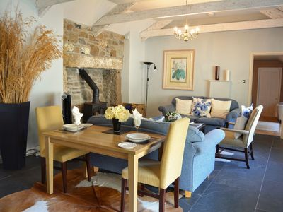Photo for Luxury 5-star single-storey cottage for two near the Cornish coast