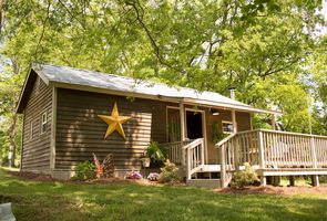 Photo for 1BR Cottage Vacation Rental in Hampshire, Tennessee