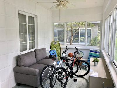 Photo for ★Walk to the Beach! Charming Hollywood Home ★