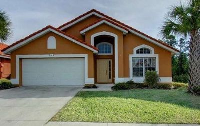 Awesome 4 Bedroom Disney area Pool Home with resort facilities