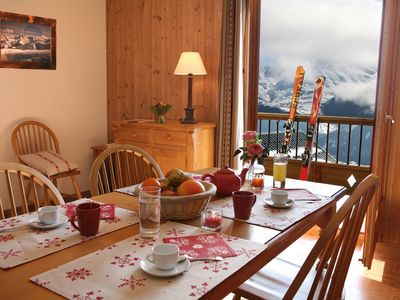 Photo for Appartement Cosy + Charmant, Ski aux Sybelles!