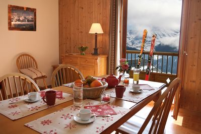 Welcome to our cozy and rustic 1 bedroom apartment in La Toussuire!