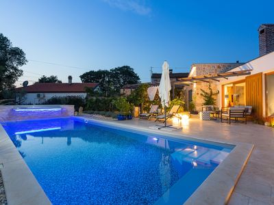 Photo for Villa Maxima Agri 40m² swimming pool, terraces, BBQ, parking, wifi, aircondition