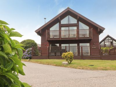 Four bedroom holiday lodge, on site water sports and activities