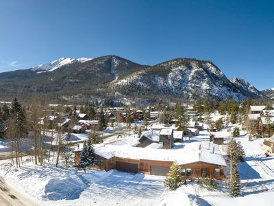 Photo for Gorgeous Frisco Mtn Lodge, 5 Blocks off Main St in Quiet Setting, 3600 sq ft.