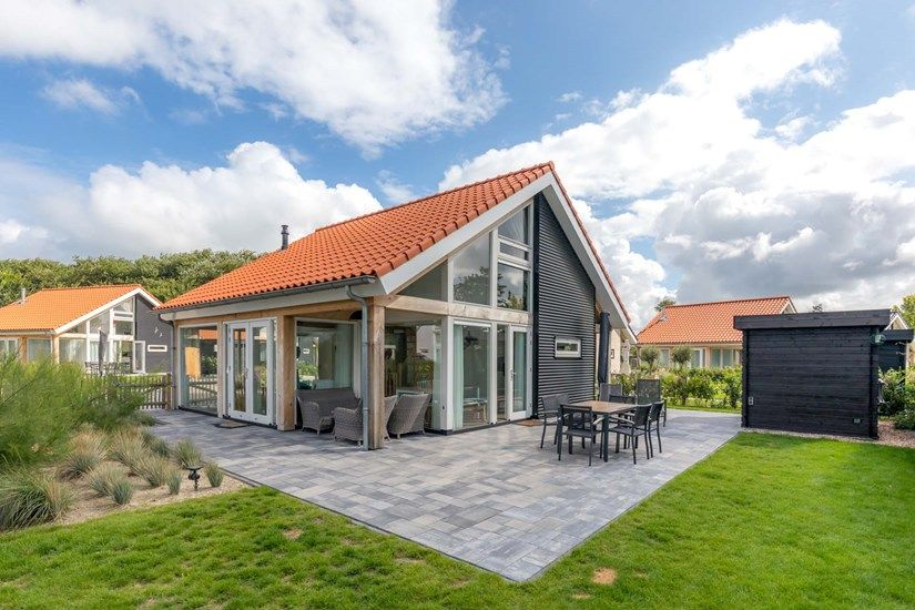 Zonnedorp 6 holiday villa with modern atmospheric decor - Renesse