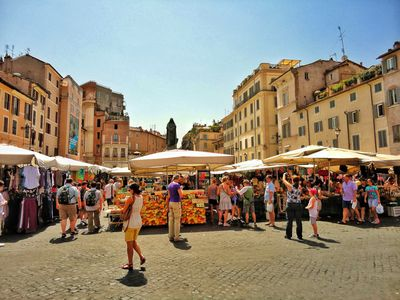 Photo for CAMPO DE 'FIORI APARTMENT. UP TO 5