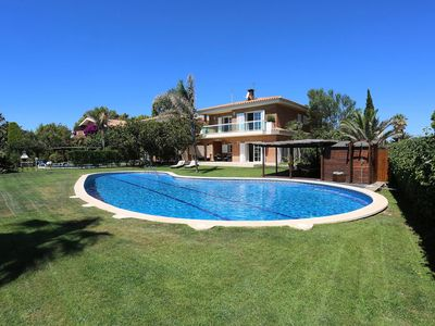 Photo for Beautiful private villa with private pool, WIFI, A/C, TV, balcony, washing machine and parking