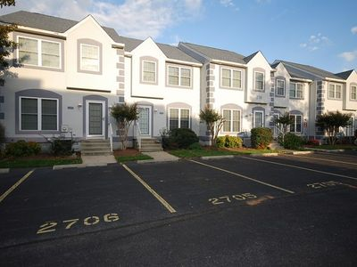 Photo for Eagles Landing Spacious Townhome With Community Pool!