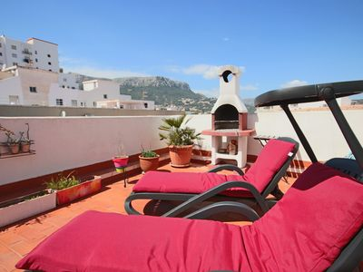 Photo for ★ Sunny Penthouse 33m2 Roof Terrace with Barbecue ★