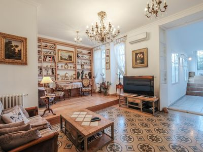 Photo for Wonderful 3 bedrooms in the heart of Cannes !