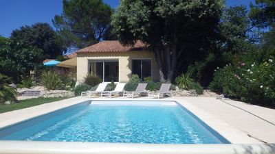 Photo for Villa with pool at the edge of the scrubland - AUGUST