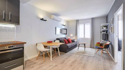 Photo for Charming 2 bedroom apartment in Poblenou