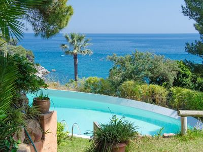 Photo for Club Villamar - Fantastic family villa for 7 persons near the beach of Tossa de Mar, with garden ...