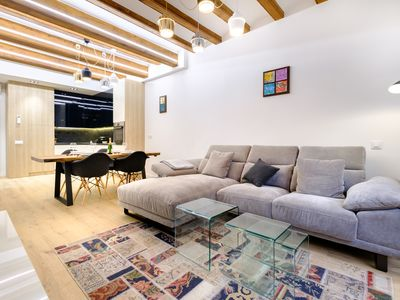 Photo for Luxury 2BR Apartment in the core of El Gotic