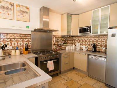 Photo for House Provencal Stone Charm 5 Min St Remy de Provence for 8 to 10 people.