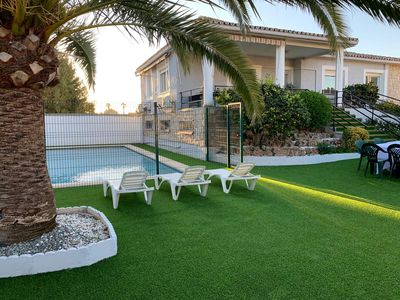 Photo for Charming villa with private pool just 10 minutes from Valencia