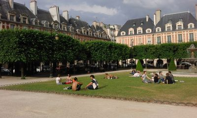 Photo for Apartment in the heart of the marsh and 1 minute from the Place des Vosges