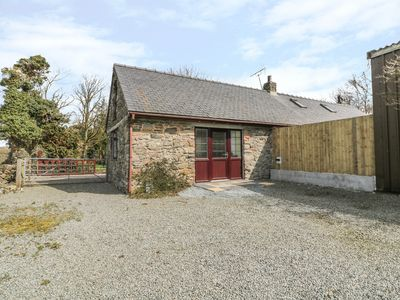 Photo for PARC COTTAGE, family friendly in Newborough, Ref 980737