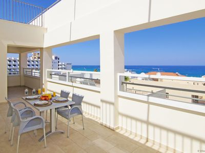 Photo for CHRONOS - 3Bed Apartment 250m from Fig Tree Bay Beach