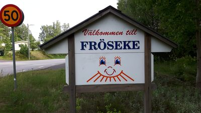 Photo for Fröseke holiday home for 17 persons at the lake, ideal for family holidays