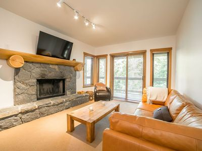 Photo for Taluswood - renovated 2 bedroom and private garage