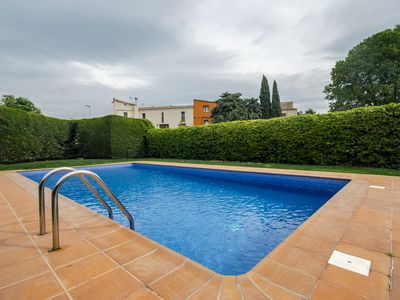 Photo for House with pool and parking in Girona