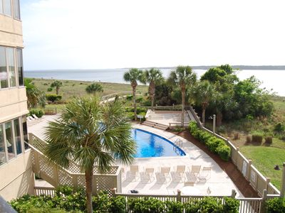 Photo for Third Floor Villa, End Unit, Great View of Beach